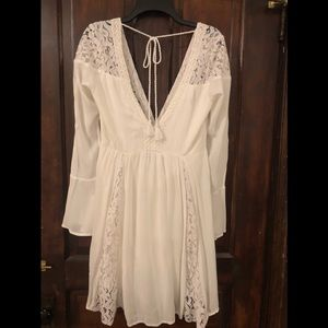 NWT Abercrombie and Fitch off white dress